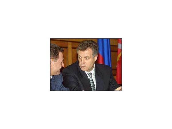 Who is мистер Назаров?