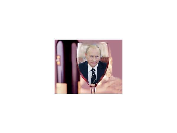 """Вино для Путина, """"Путинка"""" для остальных"""