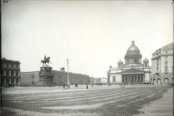 так выглядела Исаакиевская площадь раньше