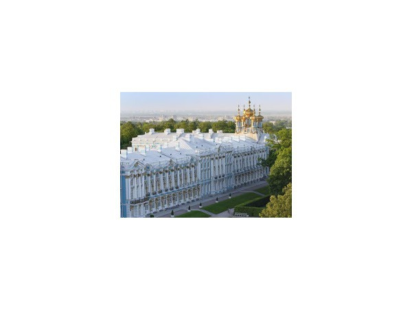 Жители Пушкина отбиваются от туристов