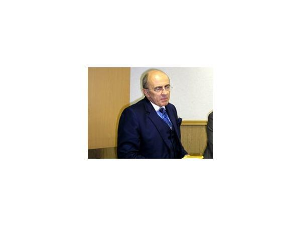 Не каждый Запесоцкий судится с «Эхом Москвы»