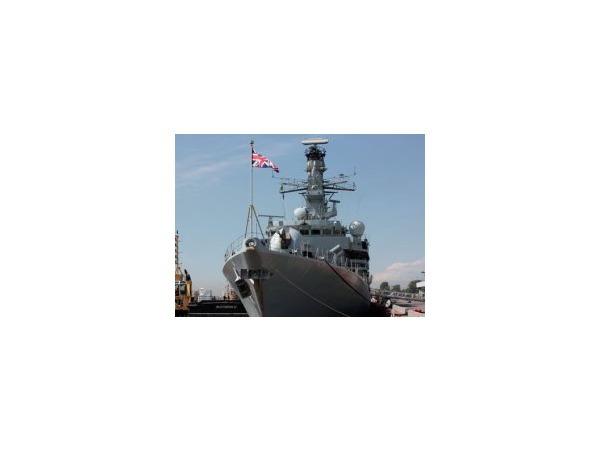 В преддверии Военно-морского салона к городским набережным пришвартовались первые корабли