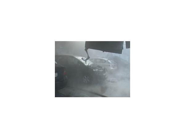 В Калининском районе сгорел автосервис