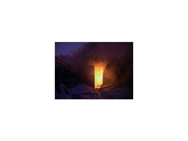 Из-за тушения пожара перекрыт проспект Испытателей