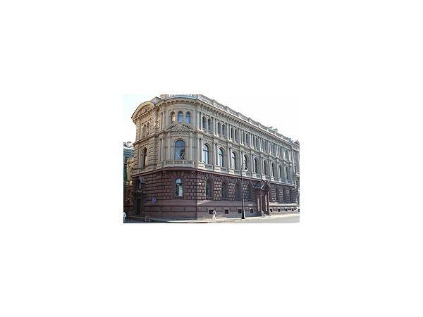 Суд заморозил дворец Михаила Михайловича