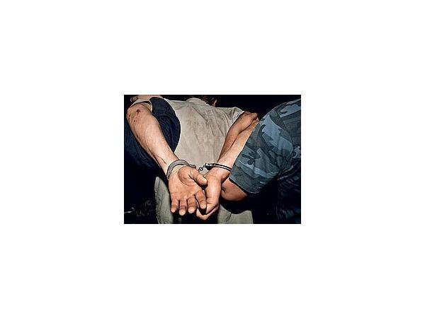 Аптечные ковбои задержали грабителя
