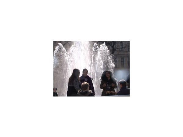 В Северной столице начался сезон фонтанов