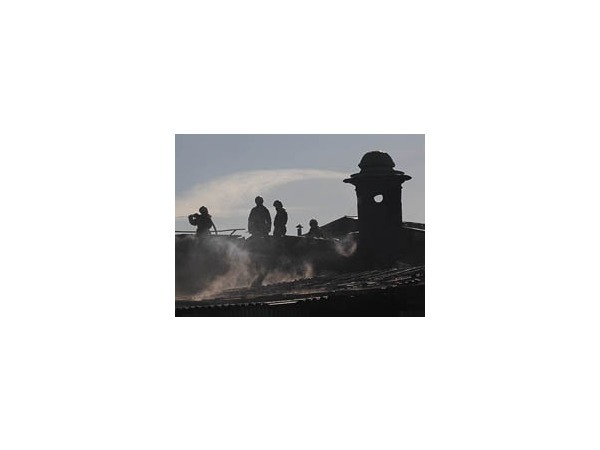 Пожар в ресторане «Лето» на стрелке Заячьего острова локализован