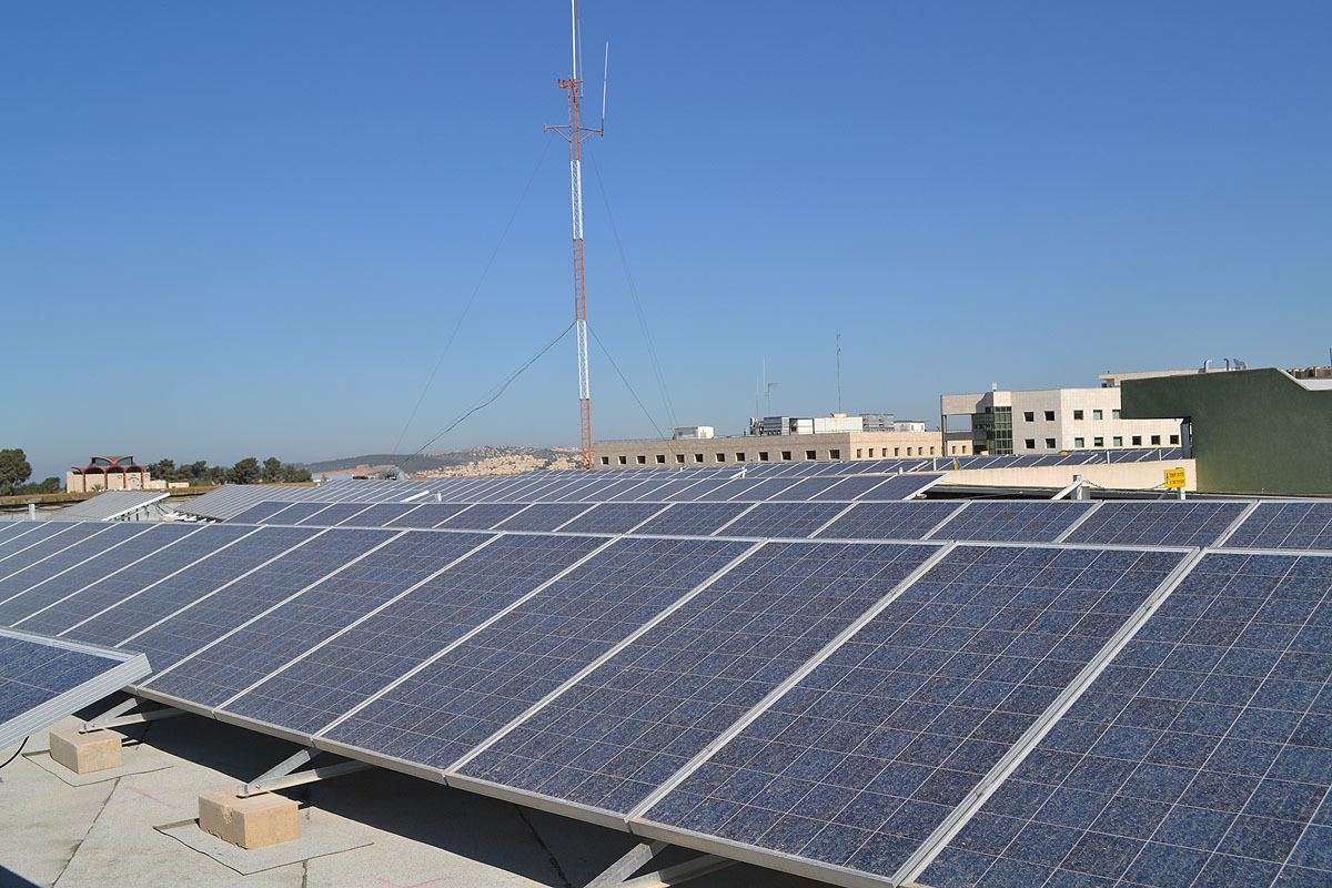 солярная станция на крышах Иерусалима