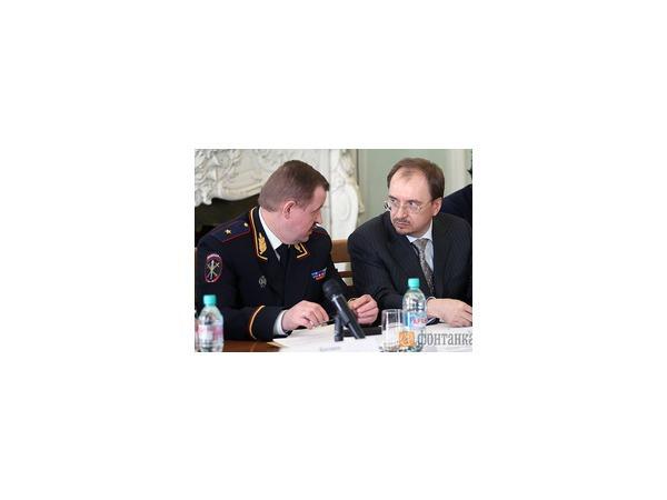 Полиция Петербурга: Ошибки признаем, но бичевать себя не позволим