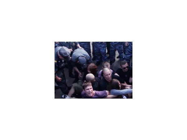 """Семь другоросов задержаны на акции """"Стратегии-31"""" у Гостиного двора"""