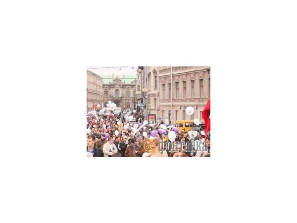 Что петербуржцы думают о митингах - опрос АСИ
