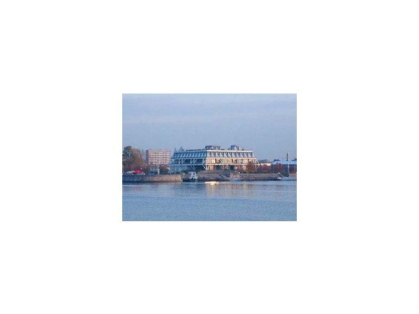Профсоюзы продают яхт-клуб на Петровском