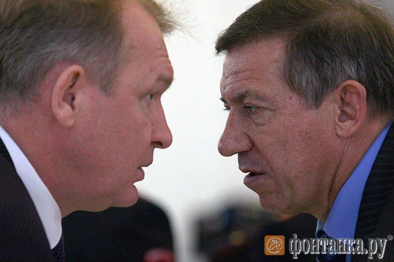 Вячеслав Чазов и Юрий Авдеев, сменивший его на посту председателя комитета по физкультуре и спорту