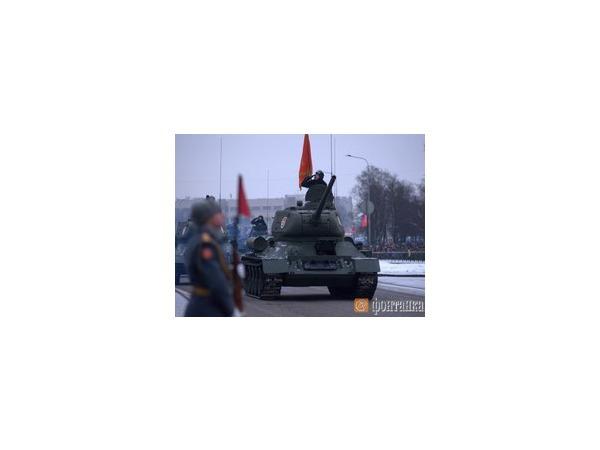 Парад в честь 70-летия полного снятия блокады