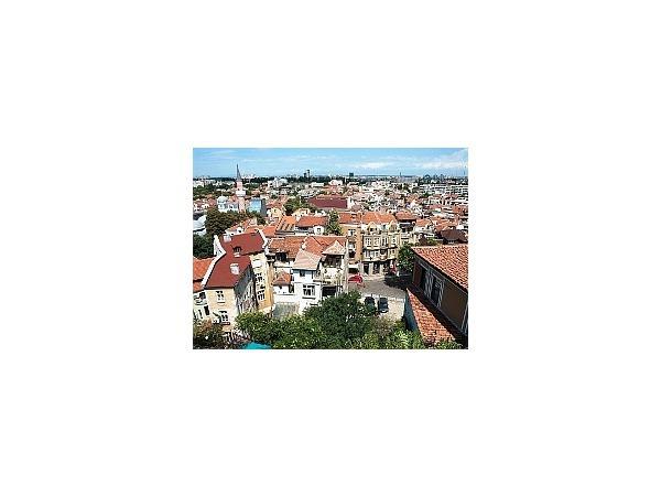 Какую недвижимость россияне покупают в Болгарии
