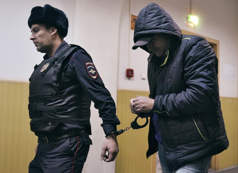 """Руководитель полетов аэропорта """"Внуково"""" Роман Дунаев"""