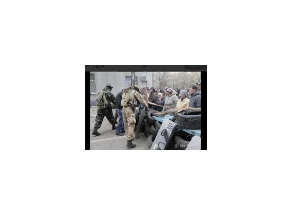 Сторонники федерализации в Славянске сообщают об одном пострадавшем