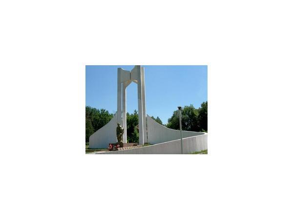 Жители Бишкека попросили «воров в законе» о защите парка имени Ататюрка