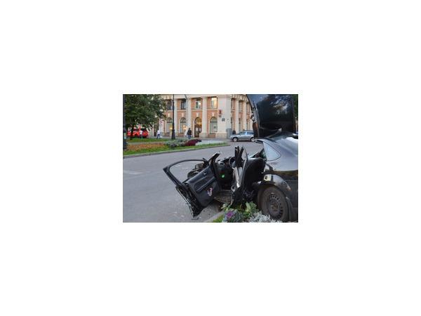 Жертвой аварии на Варшавском шоссе в Москве стал один человек