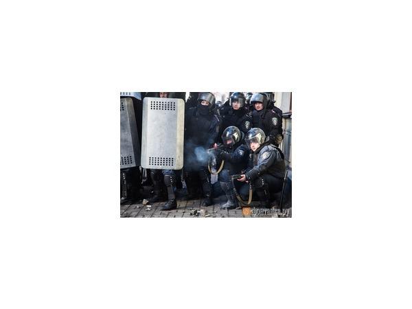 МВД Украины нашло снайперов у себя
