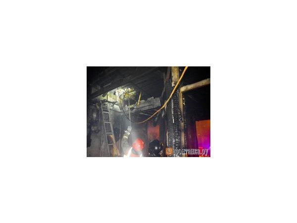 На Северном рынке выгорел торговый павильон