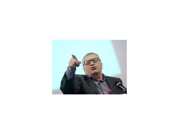 """Высказывания Жириновского об """"уничтожении"""" Польши и Прибалтики были неправильно переведены, они не отражают официальную позицию российской власти"""