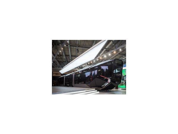 Сверхсовременный трамвай R1, разработанный УВЗ, прозвали «айфоном на рельсах»
