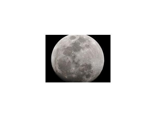 В ночь на 12 июля 2014 года земляне будут наблюдать редкое по своей красоте зрелище - суперлуние