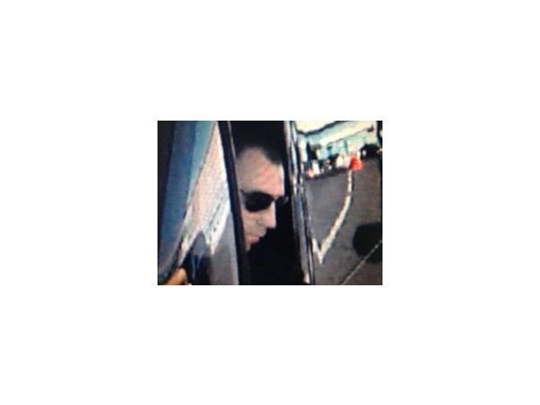 Полиция осталась без видеозаписи похищения 1,5 млн долларов в Пулково, но нашла фотографию налетчика