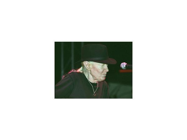 В Швейцарии скончался блюзовый музыкант Джонни Винтер
