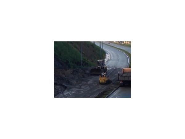 Ливень во Владивостоке разрушил более десяти дорог