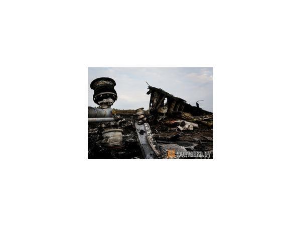 Украинские военные обстреляли трассу на глазах у малайзийцев