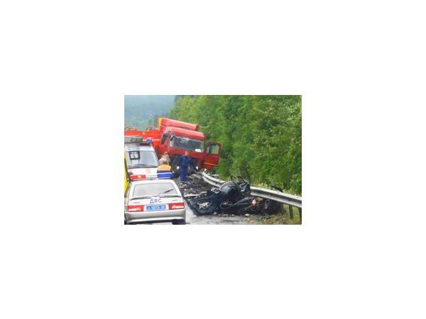 ГИБДД установила несколько причин страшной аварии на Серовском тракте