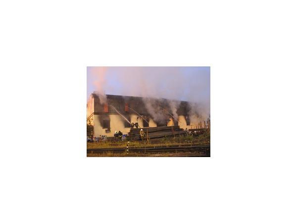 После пожара в Невском районе концентрация вредных веществ в воздухе не превышает нормы