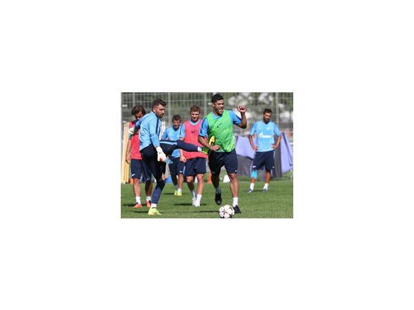 «Зенит» отправился на первый матч нынешней Лиги чемпионов