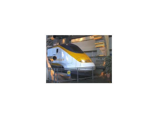 Из тоннеля под Ла-Маншем было эвакуировано более 380 пассажиров поезда