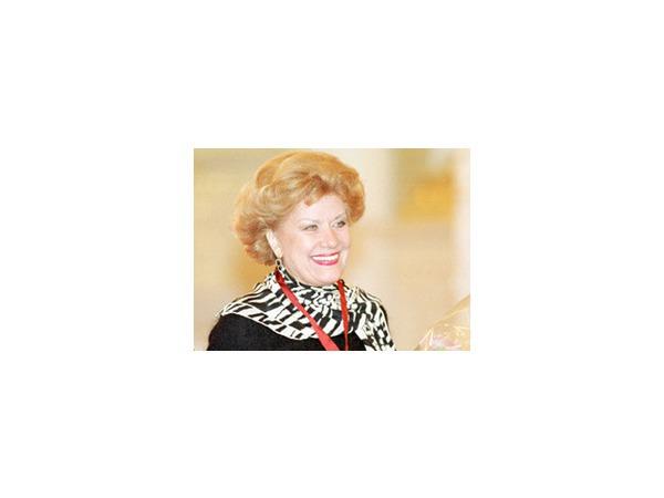 Оперная певица, артистка Елена Образцова отмечает 7 июля 2014 года юбилей - первые лица государства Российского не стали тянуть с поздравлениями