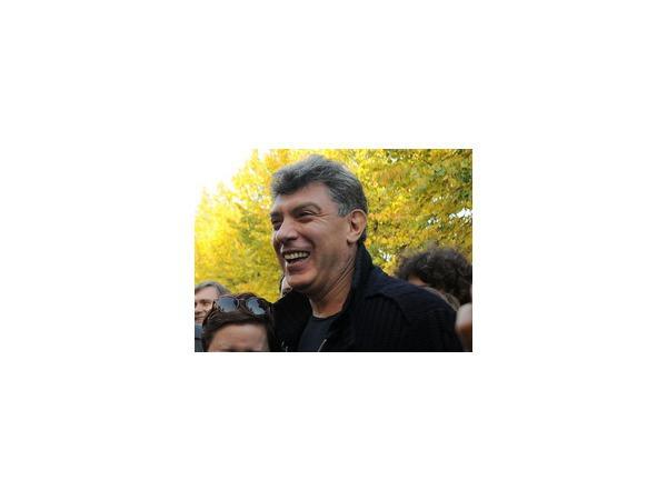 Сенатор Совфеда заподозрил Бориса Немцова в участии в антироссийском марше вышиванок в Одессе - что ответил на это политик