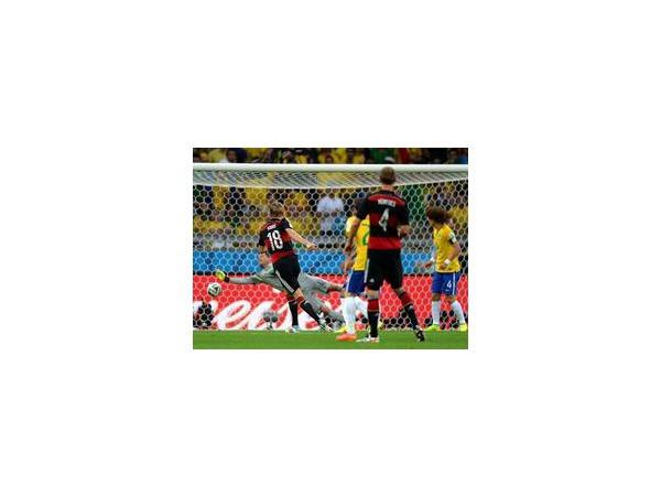 Германия разгромила Бразилию со счетом 7:1