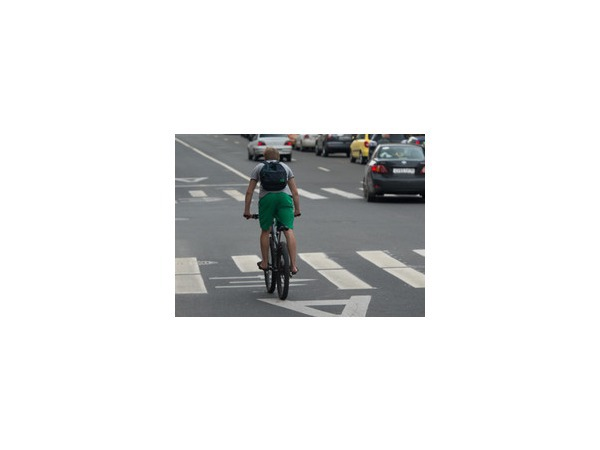 «Олень» напомнит петербуржцам правила езды на велосипеде