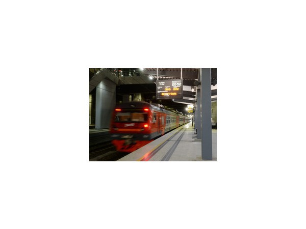 Задержка поездов в Сочи 17.08.2014 года, вызванная обрывом контактной сети из-за сильной жары, сейчас составляет 6-11 часов