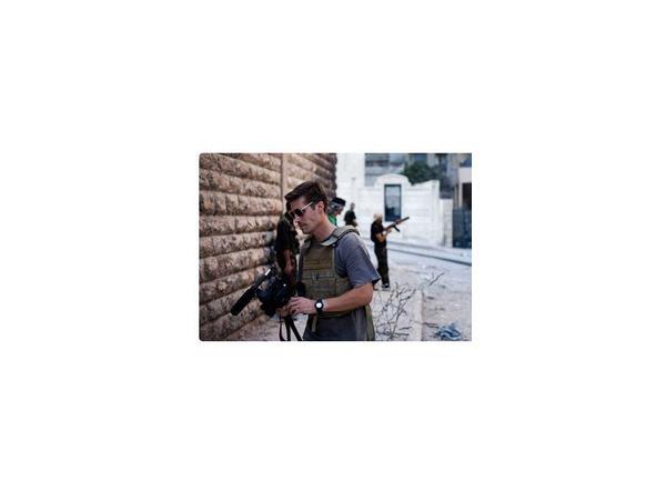 """Казнь американского журналиста Джеймса Фоули названа главой британского МИДа """"ужасающим примером жестокости"""", а многие знаменитости призывают не размещать в соцсетях видео казни"""