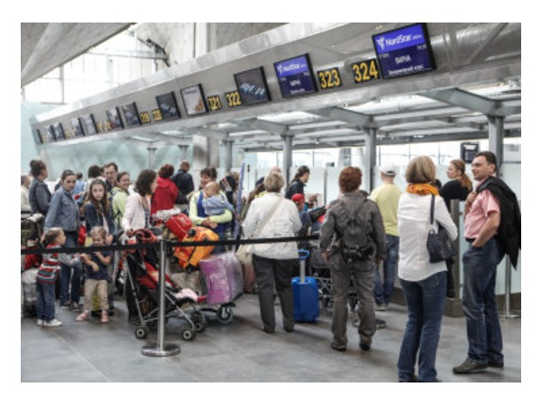В Пулково из-за повреждения кабеля не работала система регистрации
