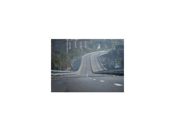 На Можайском шоссе в Москве было запущено движение по новой эстакаде