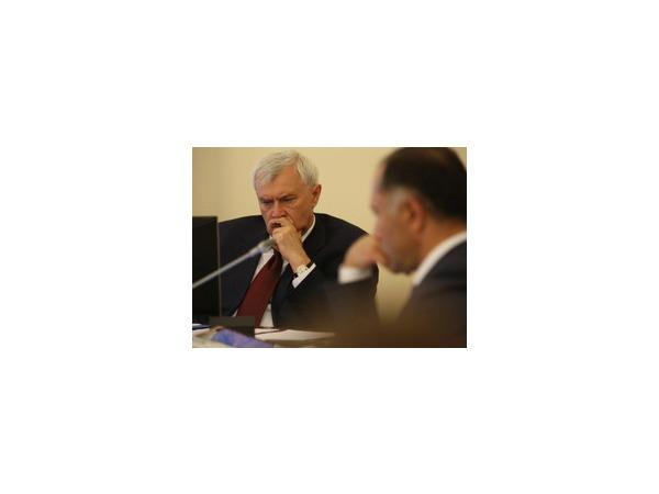 Бизнес предрекает Полтавченко непростые времена
