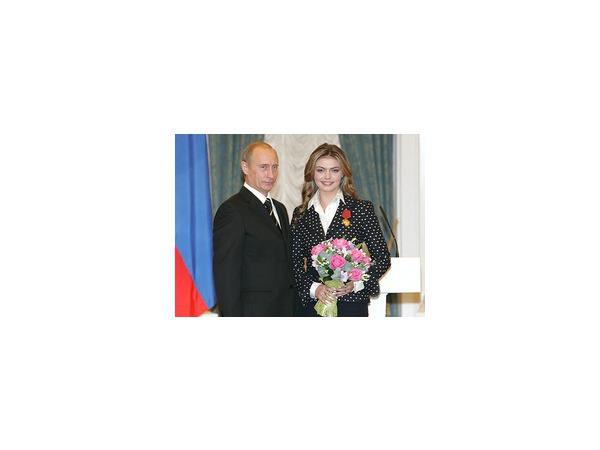 Алина Кабаева решила покинуть Государственную думу