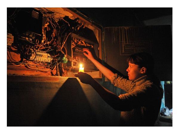 В районе «Чернышевской» нет света