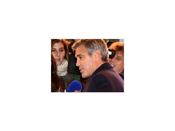 В сети появились первые фотографии со свадьбы Клуни