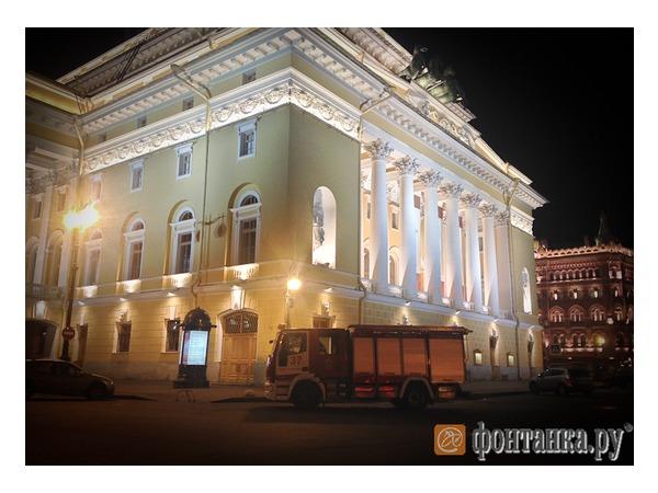 Площадь Островского закрыли для Дня открытых дверей пожарной охраны раньше запланированного срока